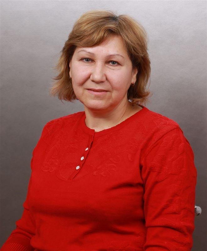 Домработница Альбина Чанаевна