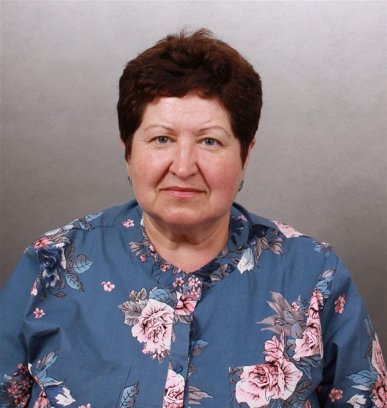 Домработница Наталья Петровна