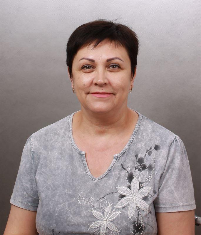 Домработница Елена Валентиновна
