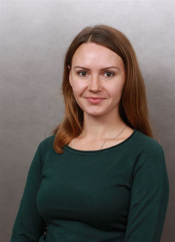 Домработница Оксана Анатольевна