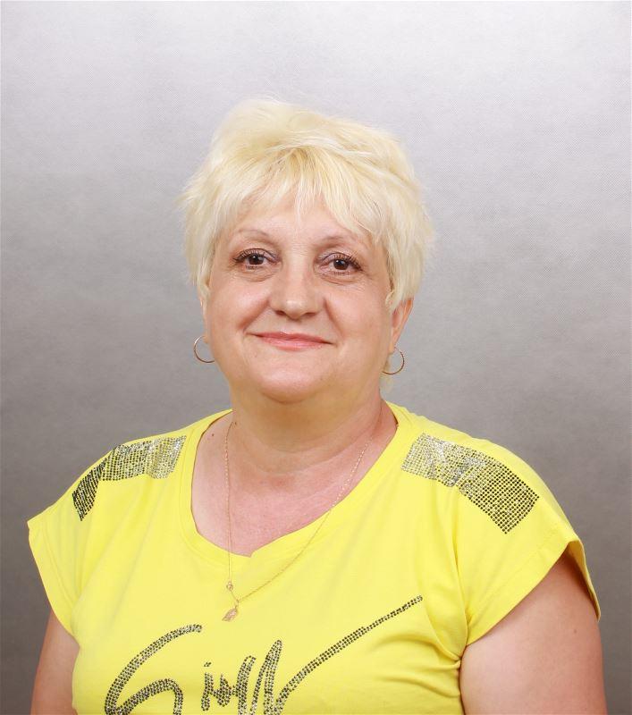 Домработница Людмила Валентиновна