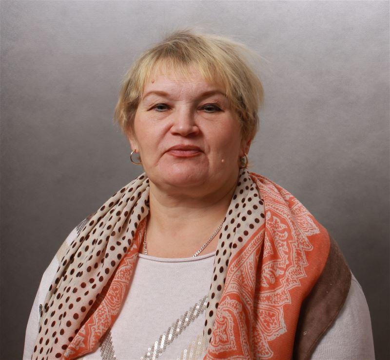 Домработница Елена Алексеевна