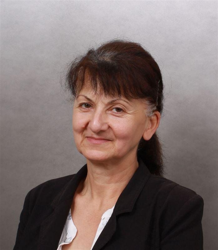 Домработница Нино Александровна