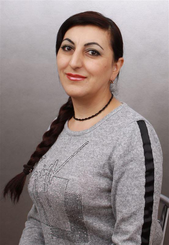 Домработница Нарине Сарибековна