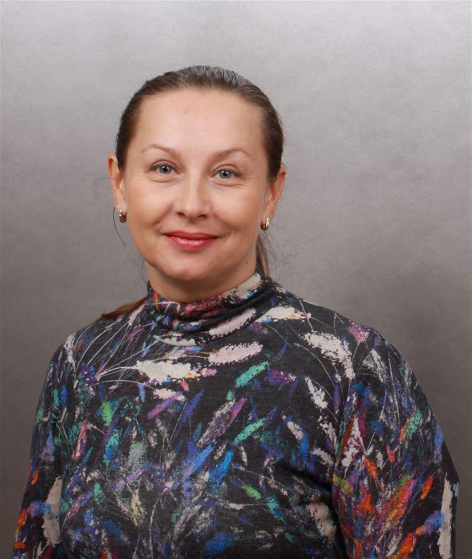 Домработница Элина Вячеславовна