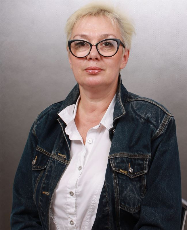 Домработница Елена Олеговна