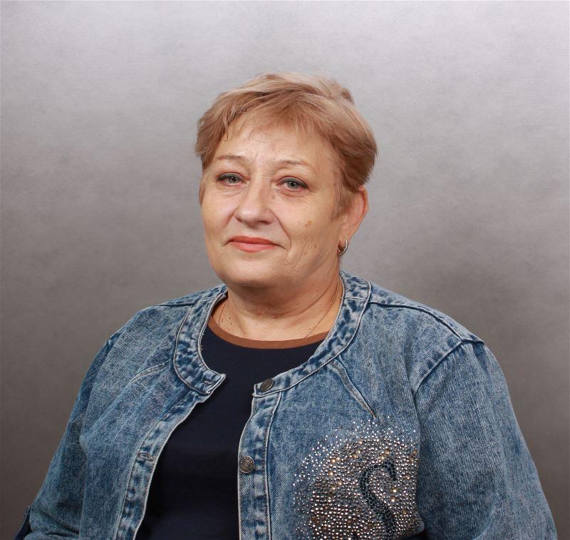 Домработница Нина Михайловна