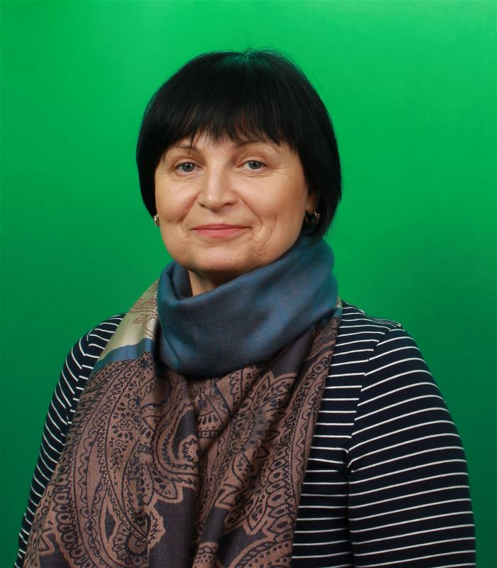 Домработница Людмила Иосифовна