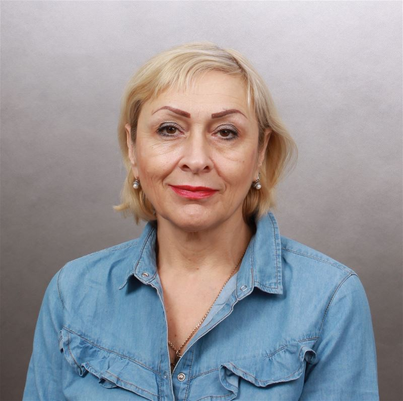 Домработница Светлена Станиславовна