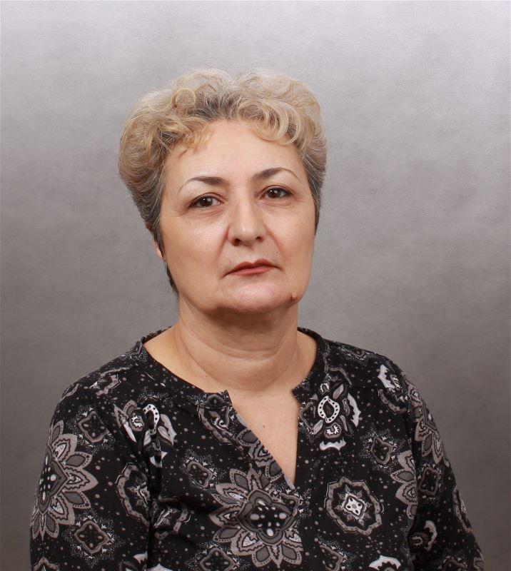 Домработница Магда Мясниковна