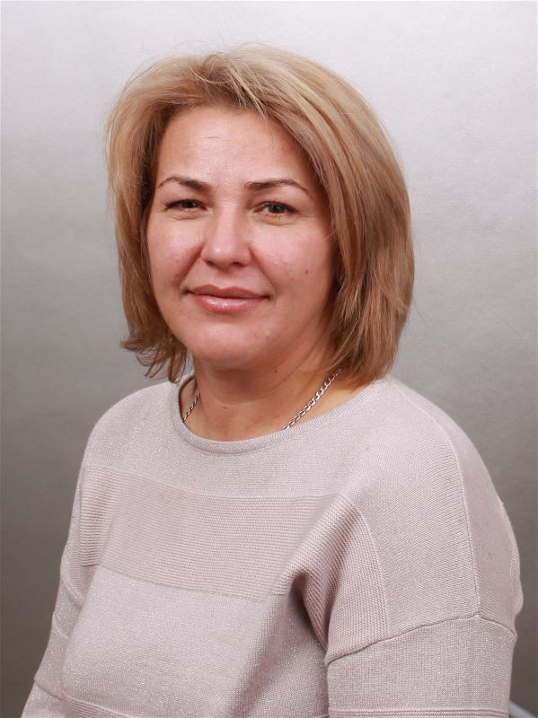 Домработница Светлана Ростиславовна
