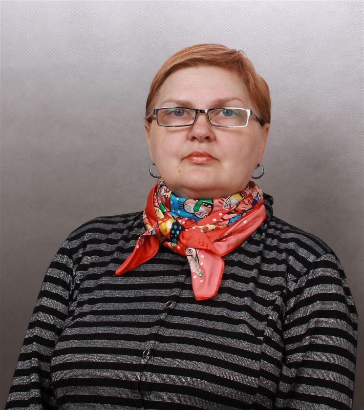 Домработница Нина Петровна