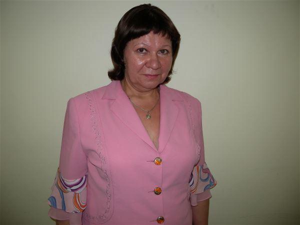 Домработница Елена Вячеславовна