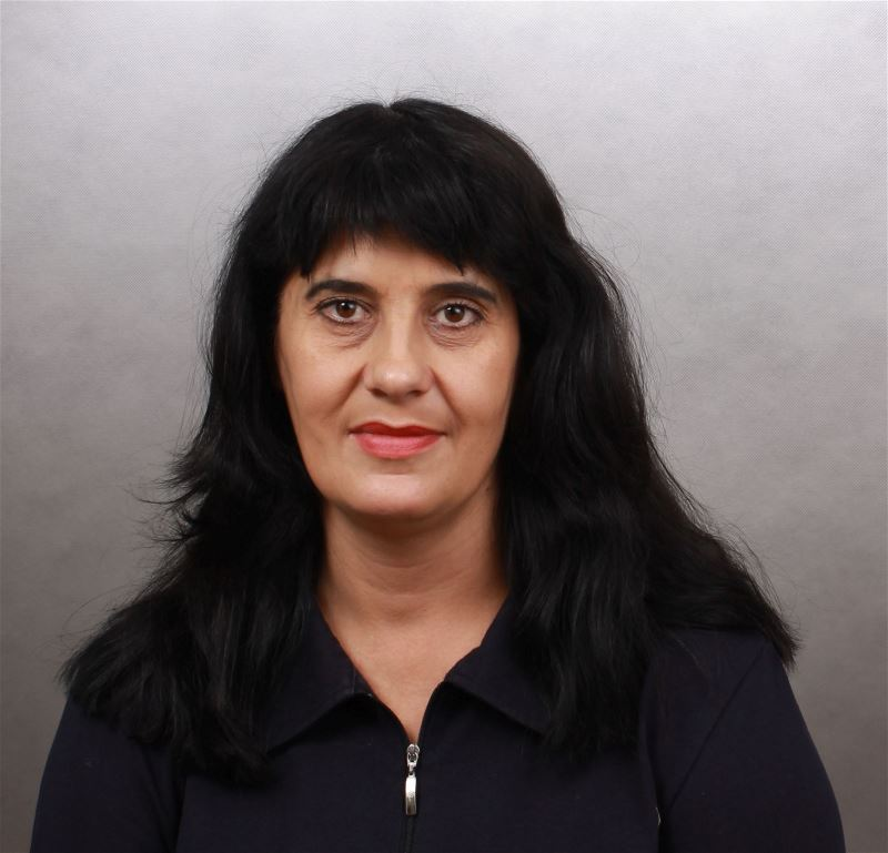 Домработница Лариса Витальевна