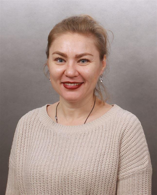 Домработница Евгения Вячеславовна