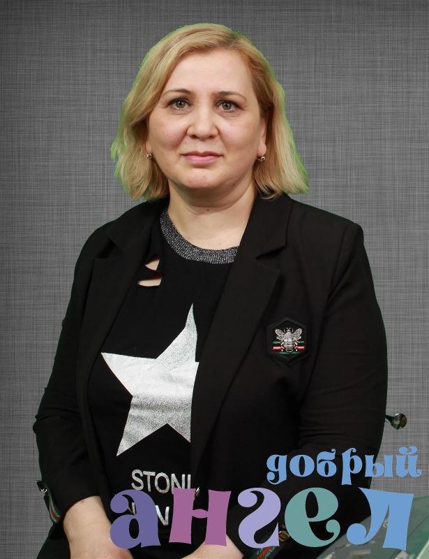 Няня Нарине Альбертовна