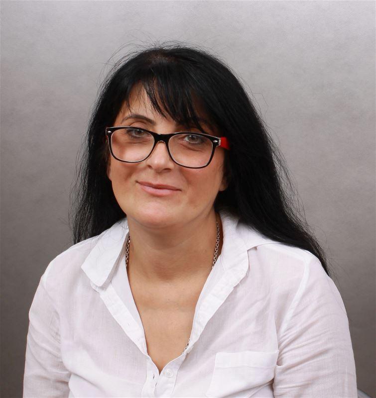 Домработница Марина Тургеновна
