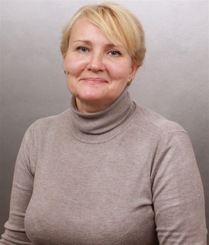 Домработница Елена Станиславовна