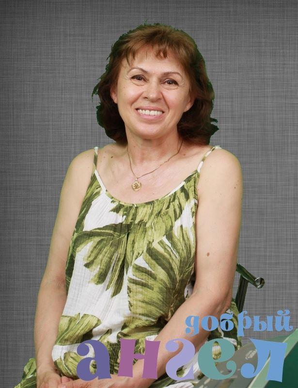 Гувернантка Лилия Ониковна