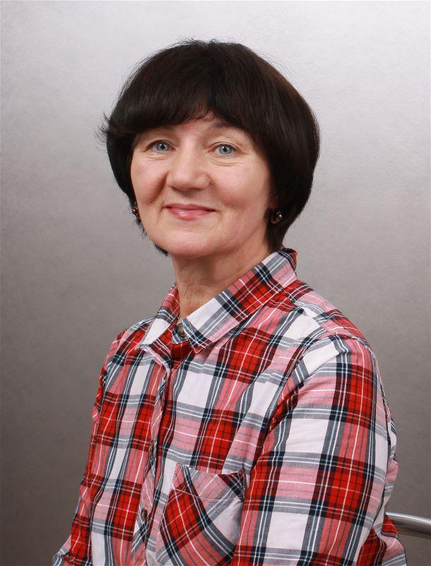 Домработница Надежда Семеновна
