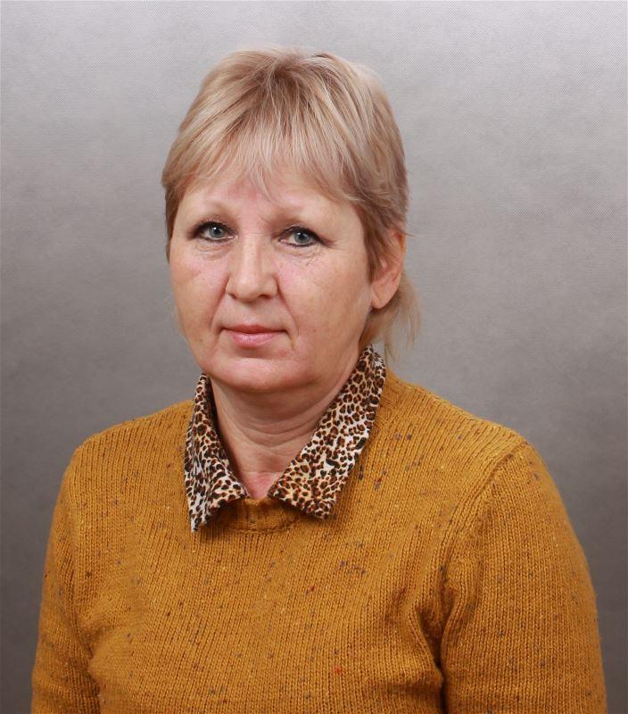 Домработница Елена Юрьевна